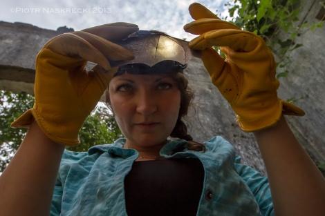 Mammalogist Jen Guyton examining a freshly caught Lander's horseshoe bat.